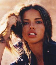Adriana Lima, model, and beauty image Beauty Tips For Face, Natural Beauty Tips, Face Tips, Beauty Guide, Beauty Care, Beauty Hacks, Diy Beauty, Beauty Skin, Beauty Trends
