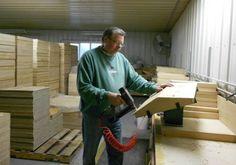 Meet the Makers: Mann Lake Ltd., Beekeeping Equipment Manufacturer #Beekeeping
