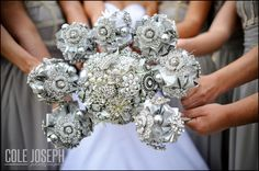 Wedding and bridesmaids brooch bouquet made by my eldest sister :) LOVE