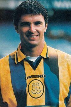 Gary Speed, Blackburn Rovers, Derby County, Everton Fc, Retro Football, Football Photos, Leeds United