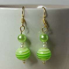 #goldplated#earrings#dangle#party#matchingearrings#green#lightgreen#darkgreen#white#gold#pearl#acrylic#striped#stripy#acrylicbeads#bead#beads#gift#giftforher#giftforgirl#jewellery#handmade#spring#summer#transparent#copper#rubber