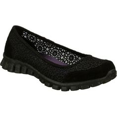 Supreme comfort and fun style mix it up in the SKECHERS EZ Flex 2 - Sweet Pea shoe. Soft woven crochet fabric and soft suede upper in a slip on casual comfort ballet flat with stitching accents and Memory Foam insole. Stitched fabric