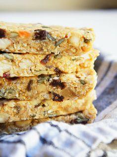Quick and easy no-bake, no-sugar, gluten-free Chewy-Gooey Healthy Granola Bars