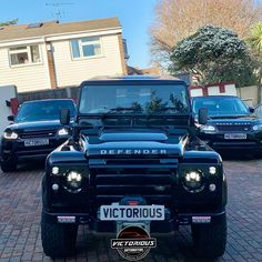 What a Victorious Line up - accessories available www.victorious.shop #rangerover #carsofinstagram #landrover #dubai #dubaicars #luxurycars #rangeroveruae #rangeroverworld #Kuwait #rangerovervelar #carlovers #rangeroverworld #rangeroverusa #rrs #svr #landrover #suv #carstagram #4x4 #picoftheday #instacars #rangerovermania #svr Range Rover Accessories, Dubai Cars, Lineup, Luxury Cars, Victorious, 4x4, Instagram, Fancy Cars