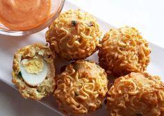 Tahu Rambutan / Bola Crispy No Cook Appetizers, Finger Food Appetizers, Finger Foods, Appetizer Recipes, Snack Recipes, Tea Time Snacks, Ramadan Recipes, Asian Desserts, Unique Recipes
