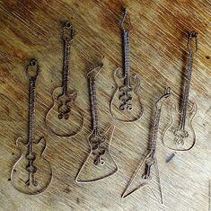 """Купить Подвеска """"Гитара"""" - коричневый, гитара, wire wrap, wire, Кулон ручной работы, кулон"""