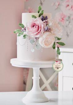6 Wedding Cake Trends in 2020 Black Wedding Cakes, Beautiful Wedding Cakes, Gorgeous Cakes, Pretty Cakes, Wedding Cake Centerpieces, Bolo Cake, Fresh Flower Cake, Cute Birthday Cakes, Wedding Cake Inspiration