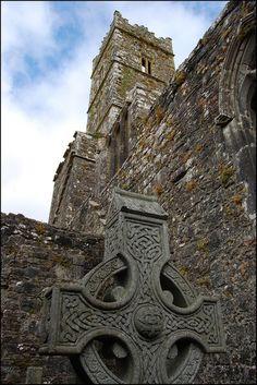 La Kilconnell Abbey - Abbaye du comté de Galway | Guide Irlande.com