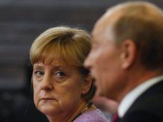 Dancing with the Bear : Merkel Seeks a Hardline on Putin / Spiegel International | #socialgeo