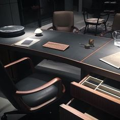 Beautiful combination @ceccotti.collezioni and @hieronymus_cp   #Ceccotti Paperweight #desk by #RobertoLazzeroni and #Hieronymus writing accessories selected by @nickvinson   #salonedelmobile #salonedelmobile2016 #ceccotticollezioni #pickynicky #writingdesk #privatestudy #highoffice