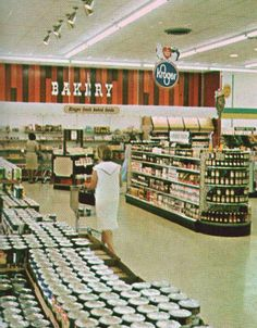 "Pleasant Family Shopping: Kroger in the ""Big D"", 1965"