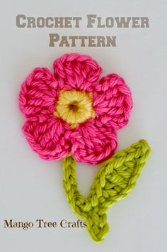 Crochet flower applique. Free pattern from Mango Tree Crafts
