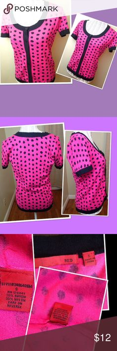 Hot pink and black cardigan size small This cardigan measures 18 inches from armpit to armpit.  It has no flaws or defects. I take care of all my items and value every customer. Clothes are stored in a clean and pet free environment.  As I want your item to arrive to you on time,  I ship fast.  Best offers accepted red Sweaters Cardigans