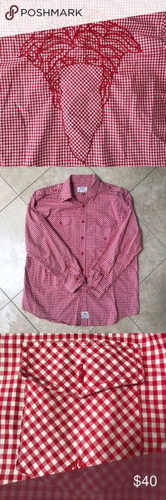 EUC CROOKS & CASTLES BUTTON DOWN MENS SIZE XL EXCELLENT USED CONDITION CROOKS & CASTLES BUTTON DOWN WOVEN SIZE XL 100% AUTHENTIC. (THIS IS NOT SUPREME)     SHIPS SAME OR NEXT DAY FROM MY SMOKE FREE HOME.   REASONABLE OFFERS WILL ONLY BE CONSIDERED THROUGH THE OFFER BUTTON. ANY OFFERS IN COMMENTS WILL BE IGNORED.   BUNDLE DISCOUNT SUBJECT TO MY APPROVAL. ✨   TRUSTED RELIABLE SELLER. ALL PRODUCT IS 100% AUTHENTIC & DIRECT FROM CROOKS & CASTLES Supreme Shirts Casual Button Down Shirts