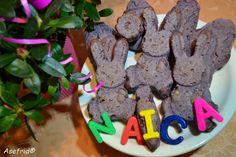 Pane colorato, con mandorle, a forma di uova e coniglietti, in occasione delle feste Pasquali. Pane, Cookies, Desserts, Crack Crackers, Tailgate Desserts, Deserts, Biscuits, Postres, Cookie Recipes
