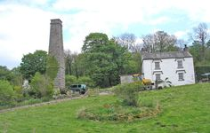 Rose Cottage (with mill cottages chimney)