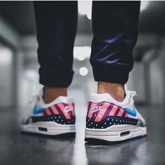 Parra for Nike size UK) Air Max 1, Nike Air Max, Men's Shoes, Nike Shoes, Air Max Sneakers, Sneakers Nike, Carolina Blue, Shoe Collection, Sportswear