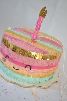 Pastel de Cumpleaños #pastel #piñata #cake