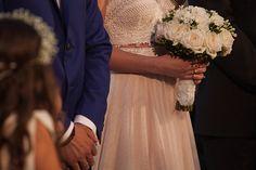 Πανεμορφος γαμος με λευκα λουλουδια - EverAfter
