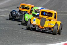 Legends Cars are scale purpose built race cars powered by a 122 horsepower Yamaha cc motorcycle engine & styled after pre-World War II Ford, Chevy or Dodge bodies Racing Baby, Nascar Racing, Auto Racing, Motorcycle Engine, Made In Uk, Race Day, Yamaha, Dodge, Circuit
