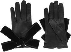 McQueen gloves