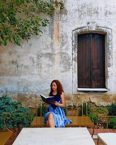 7 cărți geniale, de citit online, gratuit, în limba română - Cărți, cafea și tutun Painting, Painting Art, Paintings, Drawings