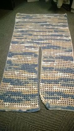 Diy Crafts - Crochet Ruana Pattern: Rockin-It RuanaBest Crochet Shrug Rectangle 30 Ideas C - Diy CraftsCrochet Shawl Pattern - Rings Of Lace Shawl Written PatternCity Chic Fold Over Shrug Crochet pattern by Nicole WangBest Crochet Shrug Rectangle 30 Ideas Crochet Shawl Diagram, Crochet Shawls And Wraps, Crochet Cardigan Pattern, Crochet Scarves, Crochet Blankets, Diy Crafts Crochet, Easy Crochet, Free Crochet, Crochet Cozy