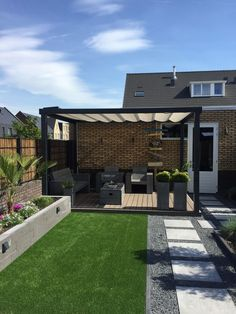 Contemporary Garden Design, Small Garden Design, Garden Modern, Modern Gardens, Modern Patio Design, Post Contemporary, Deck Design, Terrace Garden Design, Balcony Design