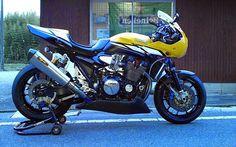 RocketGarage Cafe Racer: XJR Racing Yamaha Cafe Racer, Yamaha Motorcycles, Motorcycle Design, Bike Design, Classic Motorcycle, Custom Street Bikes, Custom Bikes, Yamaha Sport, Xjr 1300
