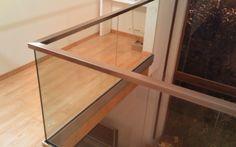 Escaliers Deparis 77 - escaliers en bois sur mesure ile de france Fabrication et pose.contemporain - garde-corps verre sur profil alu Entryway Tables, Stairs, Cabinet, Kitchen, Furniture, Design, Home Decor, Glass Handrail, Ile De France