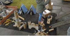 Building a Zoo at Chadwell Pre School.