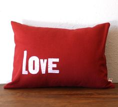 Valentines day, or every day? Cute on canvas My Funny Valentine, Saint Valentine, Valentine Day Love, Valentine Day Crafts, Valentine Decorations, Heart Day, Red Fabric, All You Need Is Love, Pillow Covers