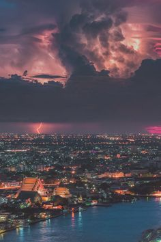 Bangkok Blast | Coolbiere A. Wild Weather, Weather And Climate, Siem Reap, Beautiful Sunset, Beautiful Places, Places To Travel, Places To See, Bangkok Travel, Bangkok Thailand