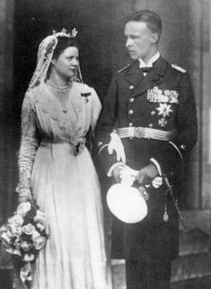 Prince Sigismund of Prussia with his new bride, Princess Charlotte of Saxe-Altenburg.