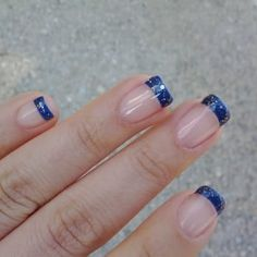 Blue nails, blue glitter nails, navy blue nails, blue acrylic n Blue Gel Nails, Navy Blue Nails, Blue Glitter Nails, Sparkle Nails, Gold Nails, Acrylic Nails, Glitter Dress, Glitter Fabric, Homecoming Nails