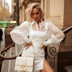 Forever 21 is the authority on fashion & the go-to retailer for the latest trends, styles & the hottest deals. Shop dresses, tops, tees, leggings & more! Forever 21 Uk, Shop Forever, Micah Gianneli, Girl Fashion, Fashion Outfits, Leggings, Latest Trends, Gym Shorts Womens, White Dress