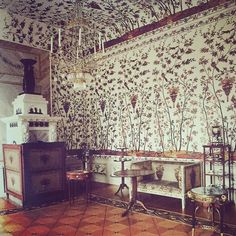 """The Indian Chintz room at Charlottenburg Palace decorated in the 19th century"""