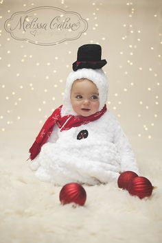 Melissa Calise Photography Holiday Photoshoot Mini Session Ideas Christmas Snowman Lights