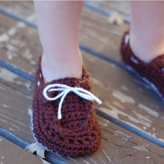 Toddler Boat Shoes...free pattern