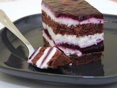 Blaubeer-Torte Schwarzwälder Art