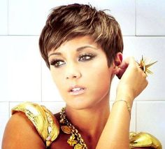 60 Awesome Pixie Haircut For Thick Hair 48 Pixie Haircut For Thick Hair, Cute Hairstyles For Short Hair, Pixie Hairstyles, Short Hair Cuts, Short Hair Styles, Pixie Cuts, Pixie Haircuts, Short Pixie, Short Bangs