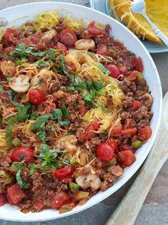 Clean Simple Spaghetti Squash Skillet http://cleanfoodcrush.com/spaghetti-squash-skillet/