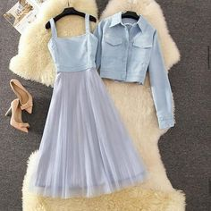 Indian Fashion Dresses, Girls Fashion Clothes, Teen Fashion Outfits, Mode Outfits, Skirt Fashion, Girl Outfits, Dress Outfits, Indian Gowns, Moda Fashion