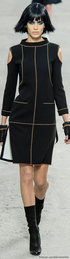 Chanel Spring 2014 RTW - Runway Photos - Fashion Week - Runway, Fashion Shows and Collections - Vogue Review Fashion, Fashion Week, Runway Fashion, High Fashion, Fashion Show, Womens Fashion, Fashion Trends, Fashion Design, Paris Fashion