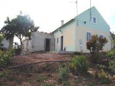 Casa antiga a 10 kms da cidade de Caldas da Rainha