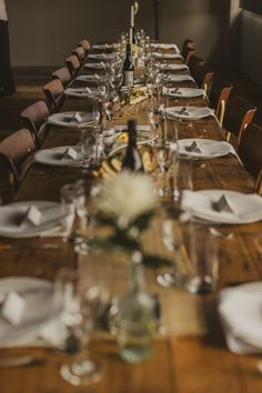 rustic Auckland wedding at the Sapphire Room in Ponsonby