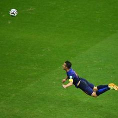 Mundial Brasil 2014 Gol de Holanda 6/13/14 Brasil 2014: Robin van Persie y el golazo de cabeza que le hizo a España
