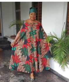 The complete pictures of latest ankara long gown styles of 2018 you've been searching for. These long ankara gown styles of 2018 are beautiful Long African Dresses, African Print Dresses, African Print Fashion, Africa Fashion, African Fashion Dresses, African Outfits, Ankara Fashion, African Attire, African Wear