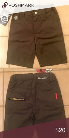 Boys Shorts by Knuckleheads Adorable, boys khaki/olive green adjustable waist cotton shorts in size 4. The Knuckleheads clothing logo is on the left front pocket in white stitching.  There are additional back pockets with a decorative zipper for design effect on the left pocket. Never worn with tag. knuckleheads Bottoms Shorts