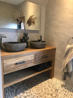 Badmöbel aus Holz Bad Inspiration Bathroom furniture made of wood bathroom inspiration Bathroom Inspiration, Furniture Bookshelves, Modern Rustic Furniture, Rustic Furniture, Rustic Bathrooms, Bathroom Interior Design, Home, Cheap Home Decor, Home Decor